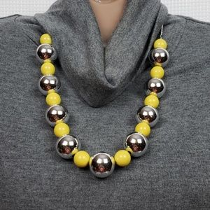 1322 New Necklace w/Earrings Silver Yellow